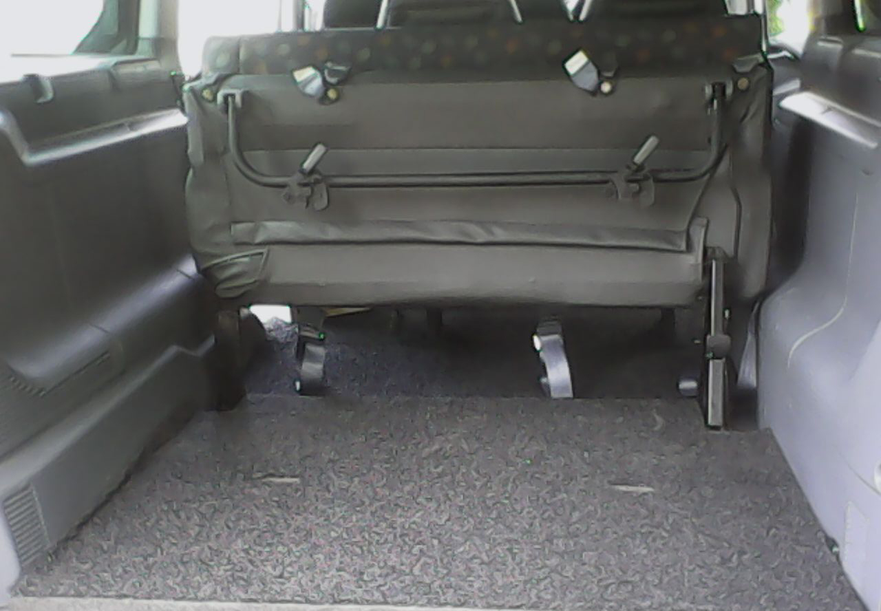 Limousine Services Mercedes Vito/Viano (9 Seater) 4